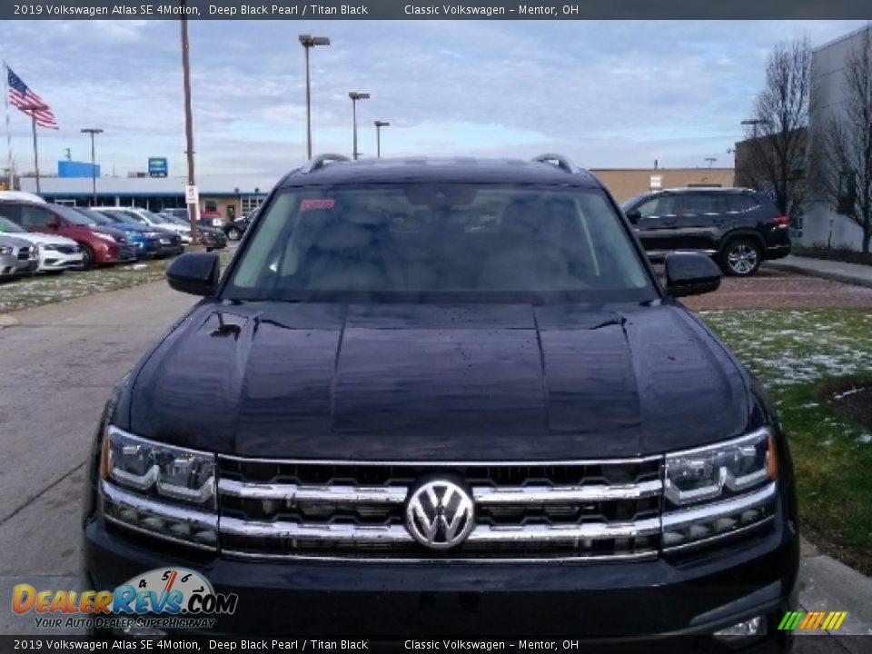2019 Volkswagen Atlas SE 4Motion Deep Black Pearl / Titan Black Photo #2