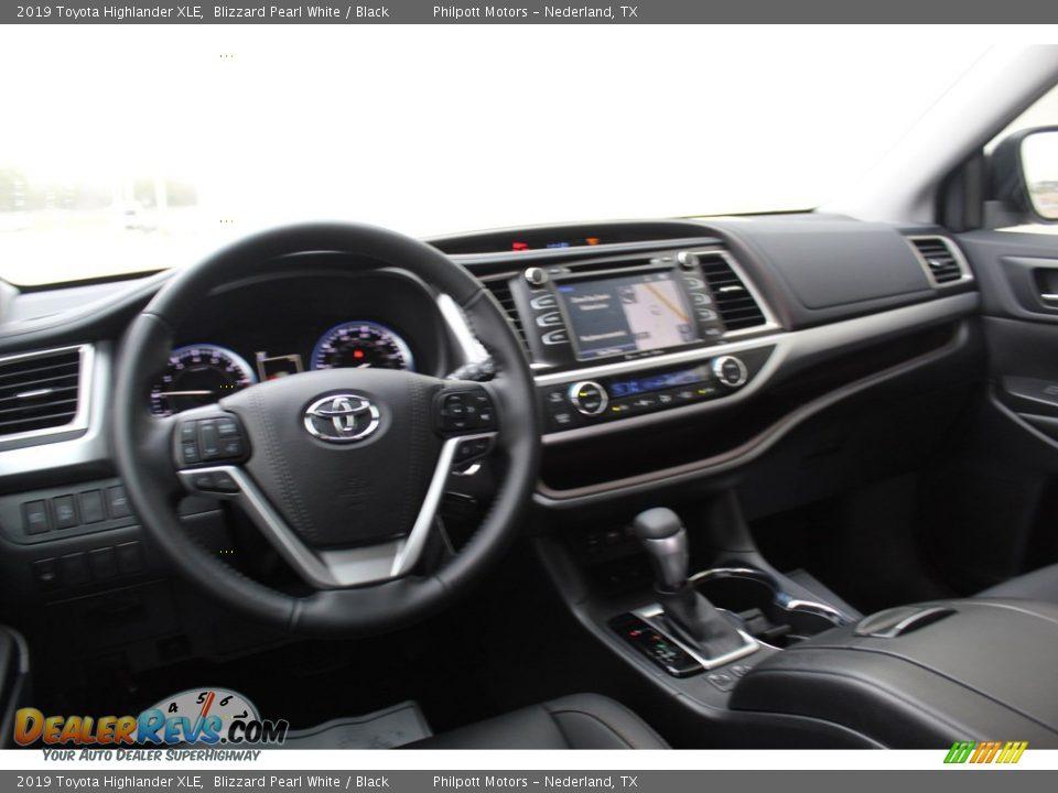 2019 Toyota Highlander XLE Blizzard Pearl White / Black Photo #22