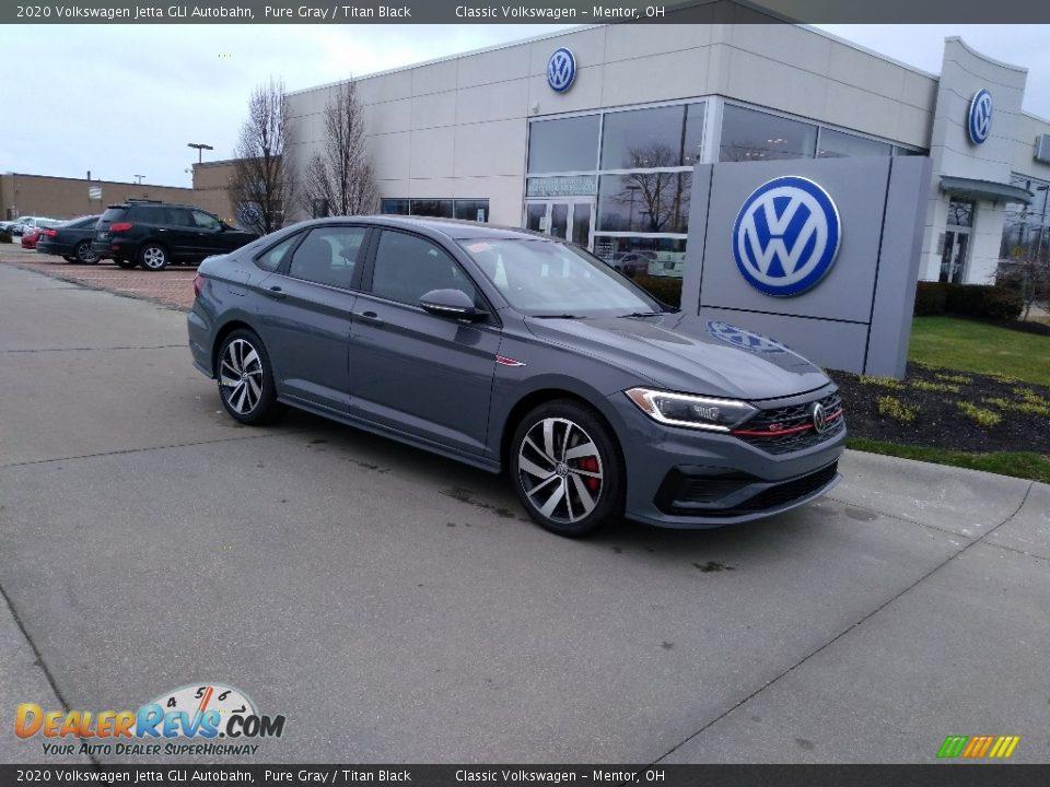 Front 3/4 View of 2020 Volkswagen Jetta GLI Autobahn Photo #2