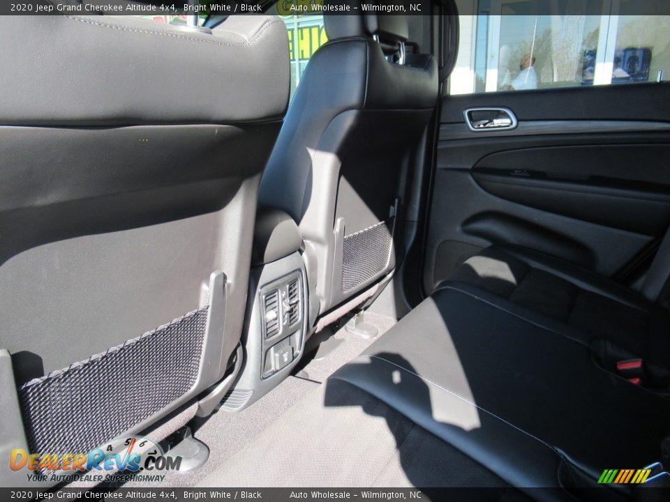 2020 Jeep Grand Cherokee Altitude 4x4 Bright White / Black Photo #12