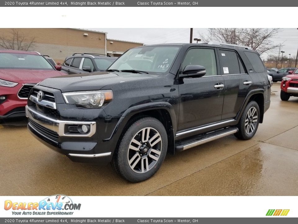 Front 3/4 View of 2020 Toyota 4Runner Limited 4x4 Photo #1
