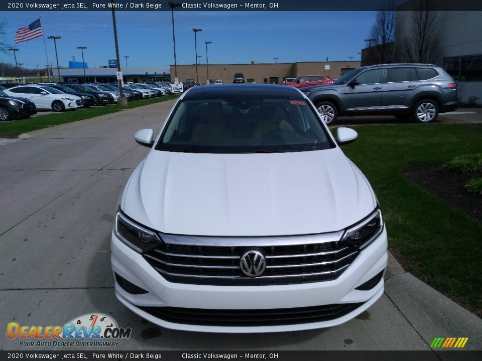 2020 Volkswagen Jetta SEL Pure White / Dark Beige Photo #2