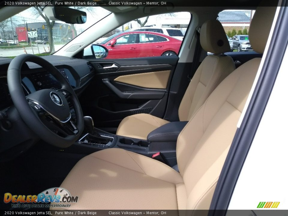 Front Seat of 2020 Volkswagen Jetta SEL Photo #3
