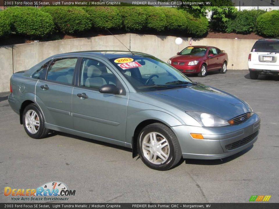 2003 Ford Focus SE Sedan Light Tundra Metallic / Medium Graphite Photo ...