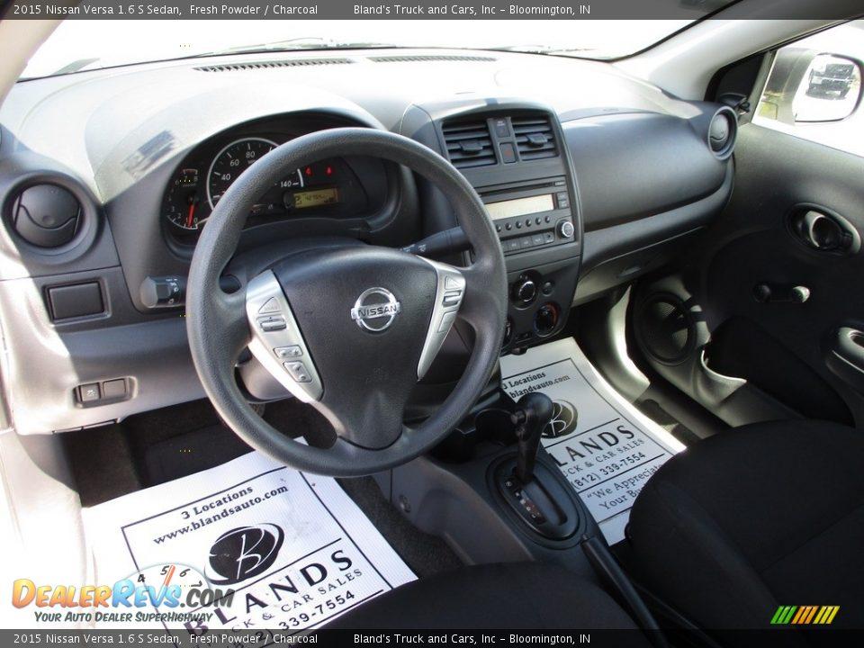 2015 Nissan Versa 1.6 S Sedan Fresh Powder / Charcoal Photo #6