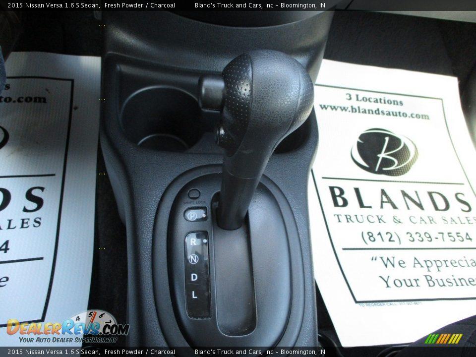 2015 Nissan Versa 1.6 S Sedan Fresh Powder / Charcoal Photo #17