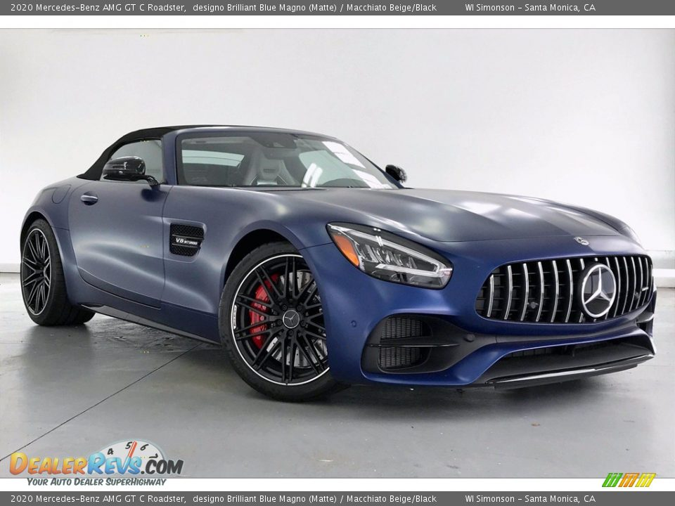 Front 3/4 View of 2020 Mercedes-Benz AMG GT C Roadster Photo #11