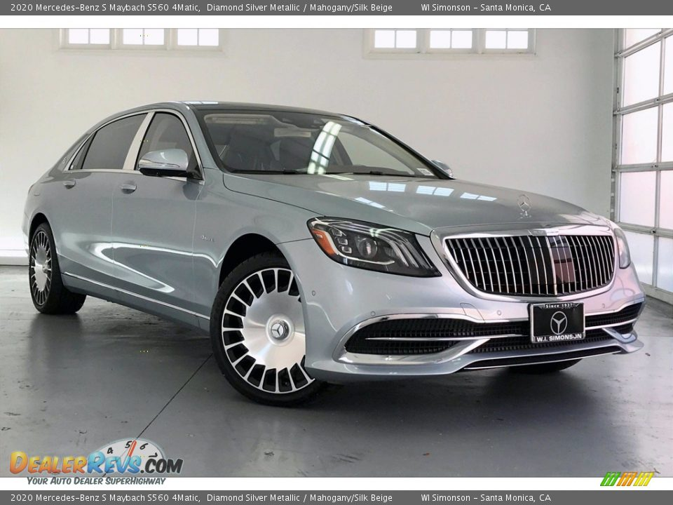 Front 3/4 View of 2020 Mercedes-Benz S Maybach S560 4Matic Photo #12