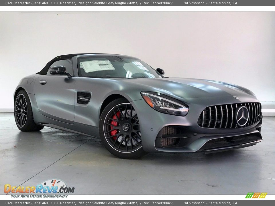 Front 3/4 View of 2020 Mercedes-Benz AMG GT C Roadster Photo #12