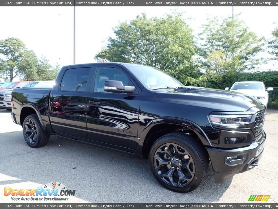Front 3/4 View of 2020 Ram 1500 Limited Crew Cab 4x4 Photo #3