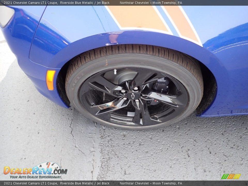 2021 Chevrolet Camaro LT1 Coupe Wheel Photo #2