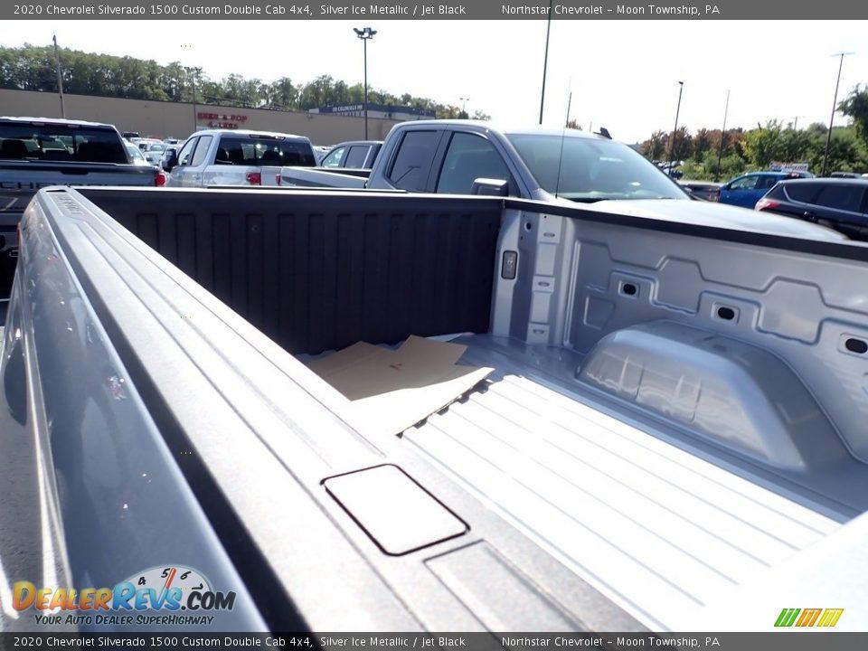 2020 Chevrolet Silverado 1500 Custom Double Cab 4x4 Silver Ice Metallic / Jet Black Photo #11