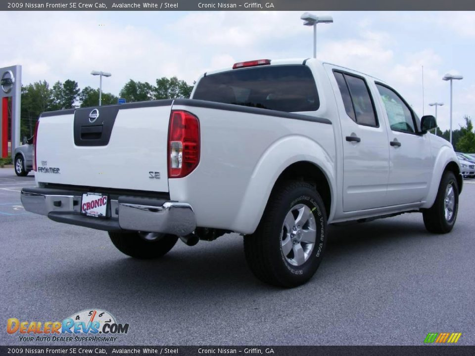 2009 nissan frontier se crew cab avalanche white steel photo 6. Black Bedroom Furniture Sets. Home Design Ideas