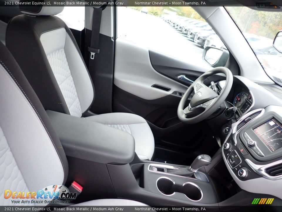 2021 Chevrolet Equinox LS Mosaic Black Metallic / Medium Ash Gray Photo #10