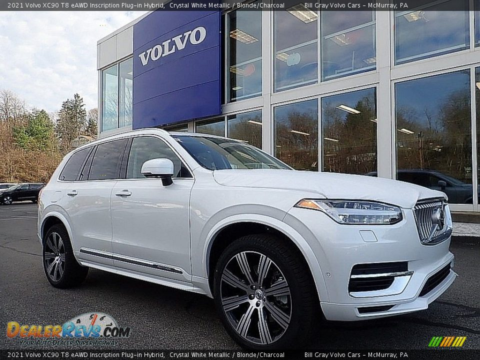 Front 3/4 View of 2021 Volvo XC90 T8 eAWD Inscription Plug-in Hybrid Photo #1
