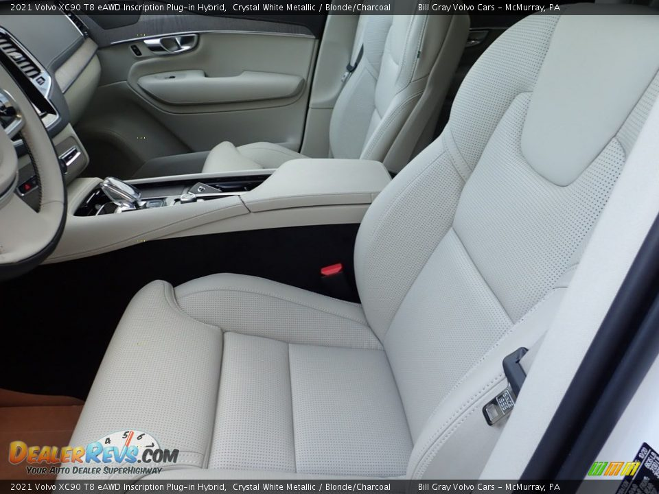Front Seat of 2021 Volvo XC90 T8 eAWD Inscription Plug-in Hybrid Photo #7