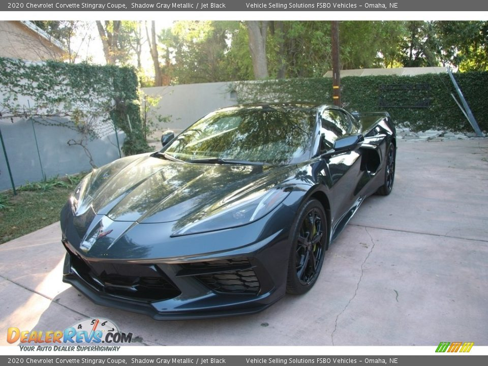 Front 3/4 View of 2020 Chevrolet Corvette Stingray Coupe Photo #35