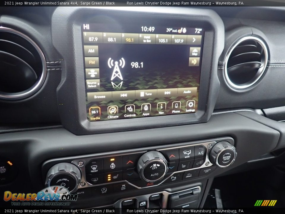 2021 Jeep Wrangler Unlimited Sahara 4x4 Sarge Green / Black Photo #15
