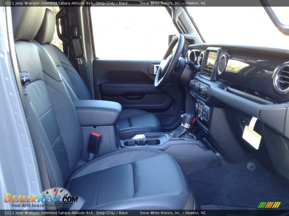2021 Jeep Wrangler Unlimited Sahara Altitude 4x4 Sting-Gray / Black Photo #17