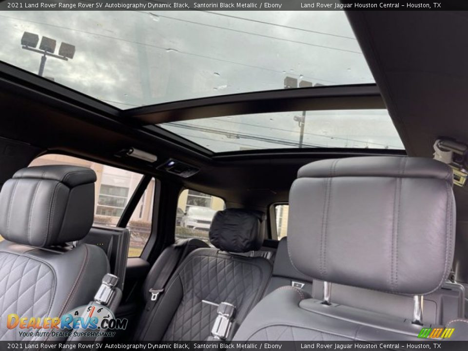 Sunroof of 2021 Land Rover Range Rover SV Autobiography Dynamic Black Photo #31