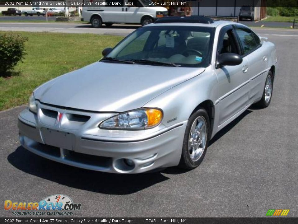 2002 pontiac grand am gt sedan galaxy silver metallic dark taupe photo 2. Black Bedroom Furniture Sets. Home Design Ideas