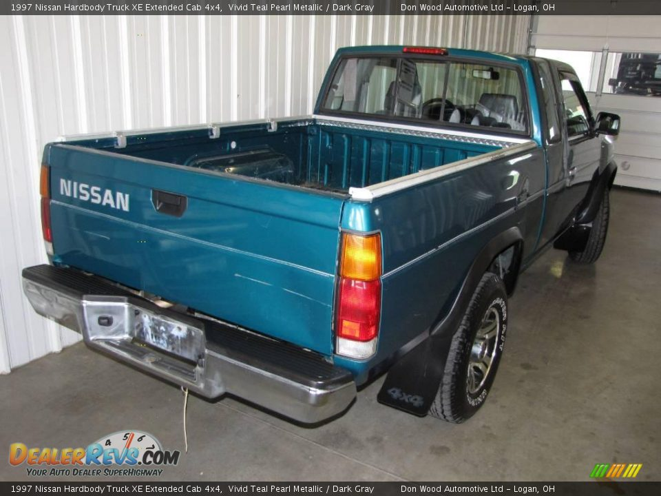 1997 nissan hardbody truck xe extended cab 4x4 vivid teal pearl metallic dark gray photo 9. Black Bedroom Furniture Sets. Home Design Ideas