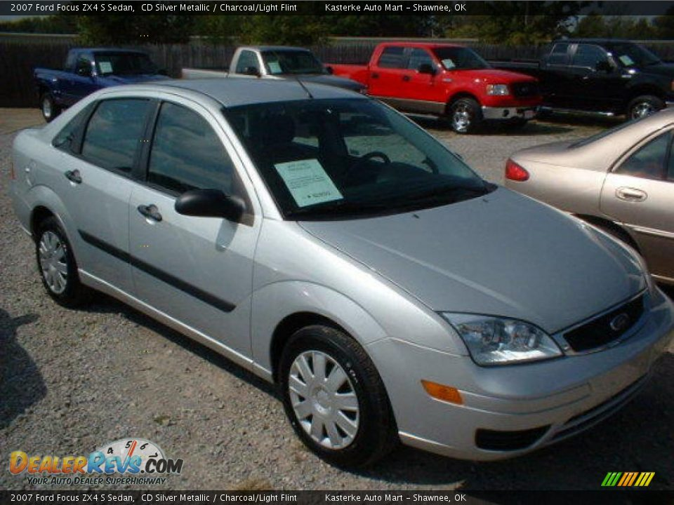 2007 ford focus zx4 s sedan cd silver metallic charcoal. Black Bedroom Furniture Sets. Home Design Ideas