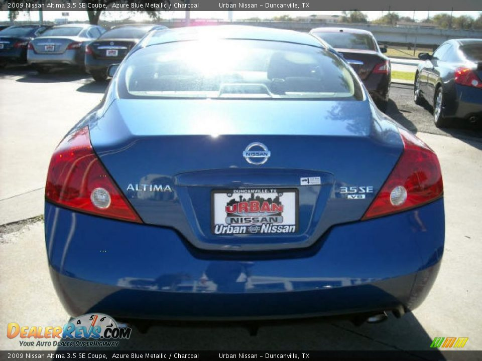 2009 Nissan Altima 3 5 Se Coupe Azure Blue Metallic Charcoal Photo 4 Dealerrevs Com