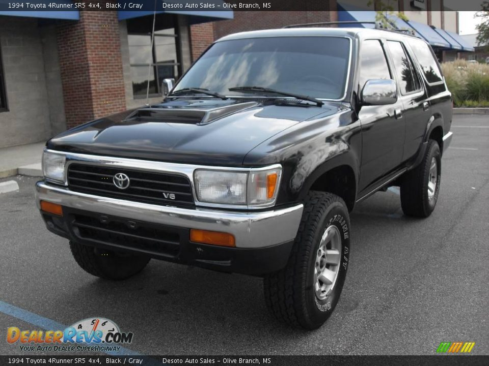 1994 Toyota 4Runner SR5 4x4 Black / Gray Photo #2
