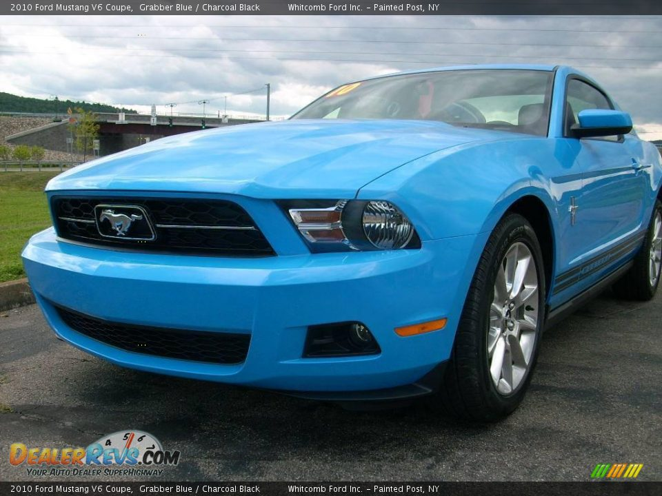 2010 ford mustang v6 coupe grabber blue charcoal black photo 2. Black Bedroom Furniture Sets. Home Design Ideas