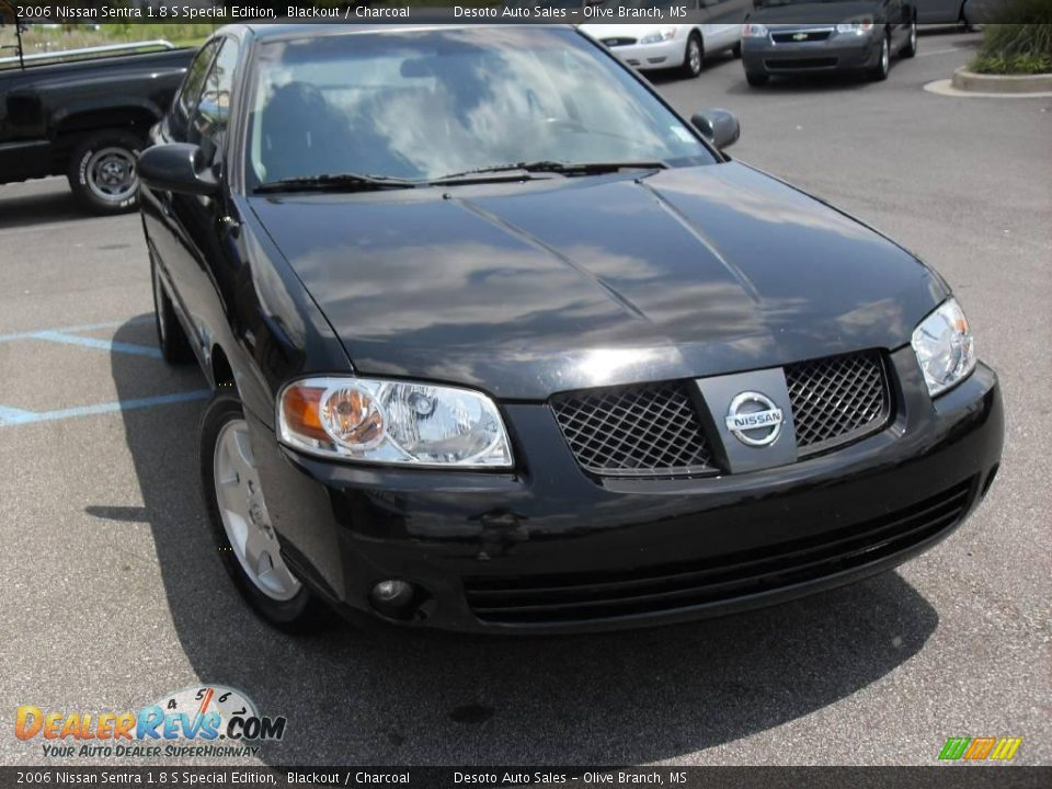 2006 nissan sentra 1 8 s special edition blackout charcoal photo 4. Black Bedroom Furniture Sets. Home Design Ideas