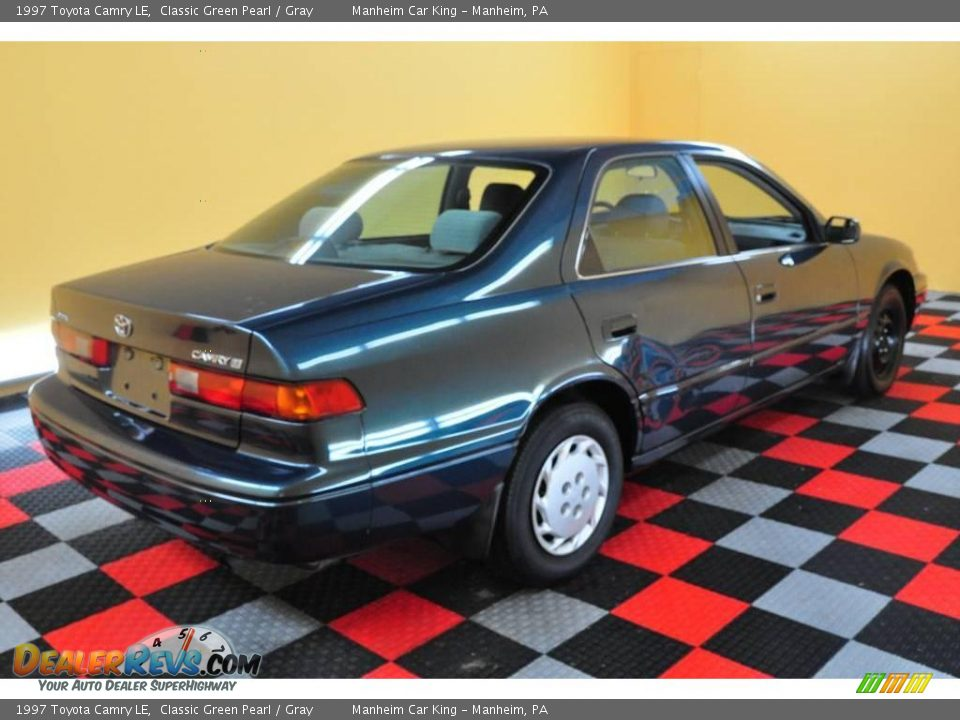 1997 Toyota Camry Le Classic Green Pearl Gray Photo 6