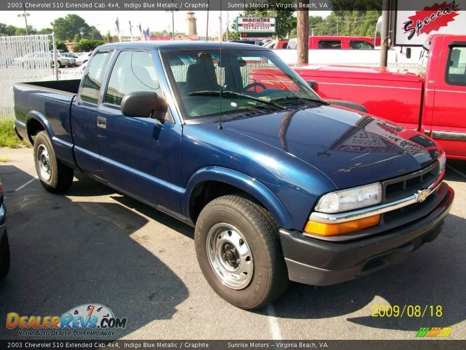 2003 chevrolet s10 extended cab 4x4 indigo blue metallic graphite photo 1. Black Bedroom Furniture Sets. Home Design Ideas