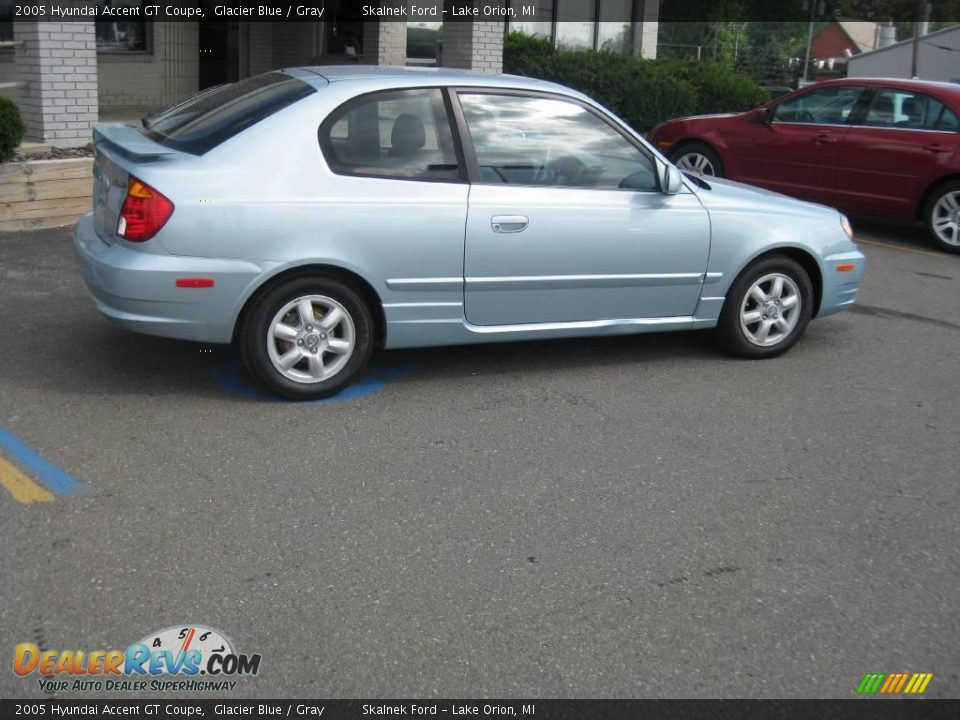 2005 hyundai accent gt coupe glacier blue gray photo 3. Black Bedroom Furniture Sets. Home Design Ideas