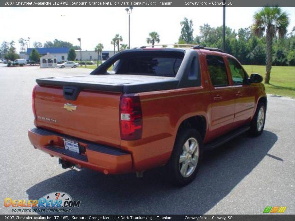 2007 Chevrolet Avalanche LTZ 4WD Sunburst Orange Metallic / Dark ...