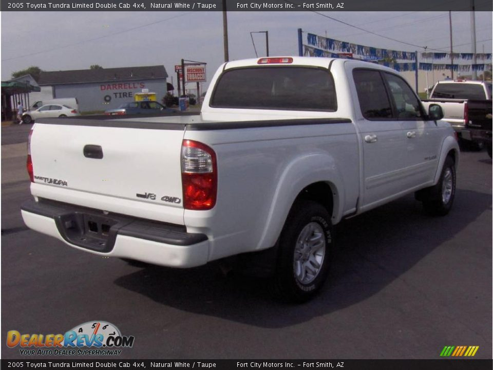 2005 toyota tundra limited double cab 4x4 natural white taupe photo 3. Black Bedroom Furniture Sets. Home Design Ideas