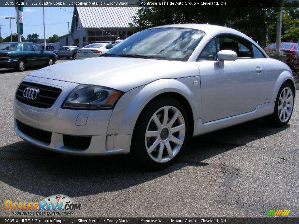 2005 audi tt 3 2 quattro coupe light silver metallic. Black Bedroom Furniture Sets. Home Design Ideas