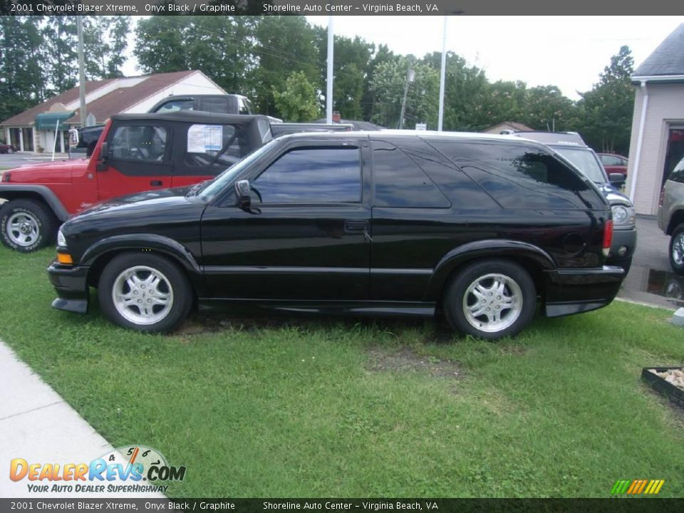 2001 chevrolet blazer xtreme onyx black graphite photo. Black Bedroom Furniture Sets. Home Design Ideas
