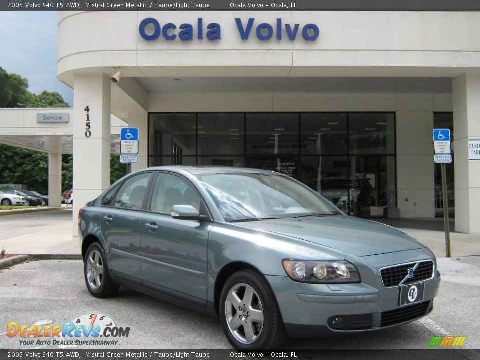 2005 volvo s40 t5 awd mistral green metallic taupe light taupe photo 1. Black Bedroom Furniture Sets. Home Design Ideas