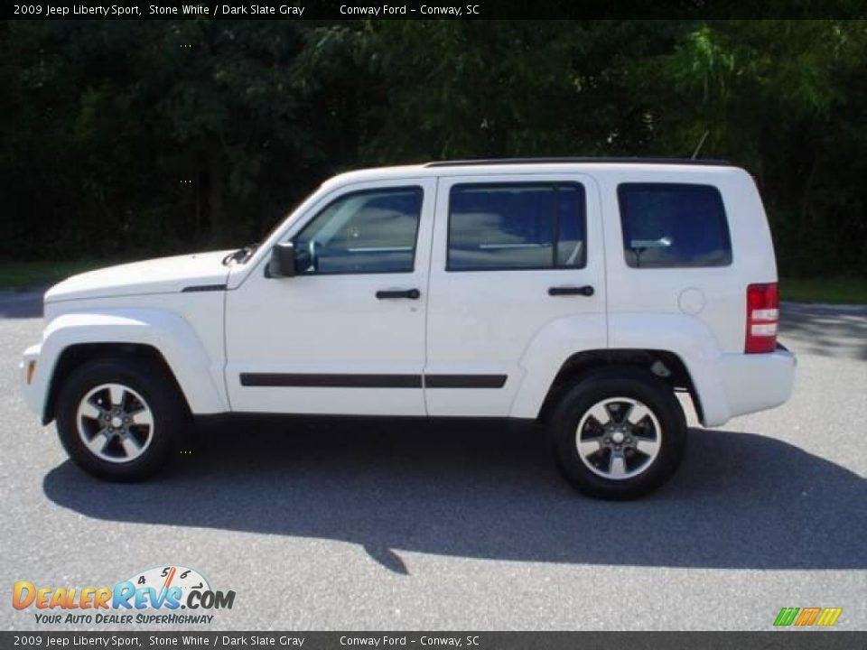 17451316 likewise File 2003 Jeep Cherokee  KJ MY03  Limited Edition wagon  2015 07 09  02 moreover 3996 Jeep Crd brown 19 additionally Pictures Jeep Liberty 2007 117976 likewise Vacuum Line Help Pictures 10401. on jeep liberty