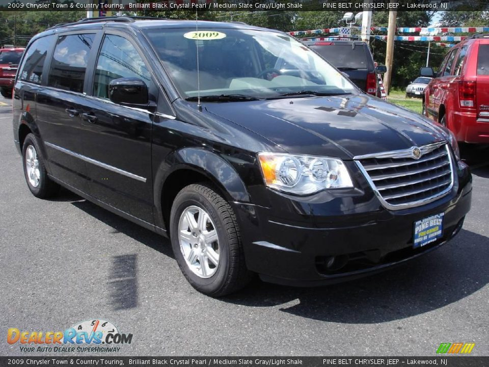 2009 chrysler town country touring brilliant black crystal pearl medium slate gray light. Black Bedroom Furniture Sets. Home Design Ideas