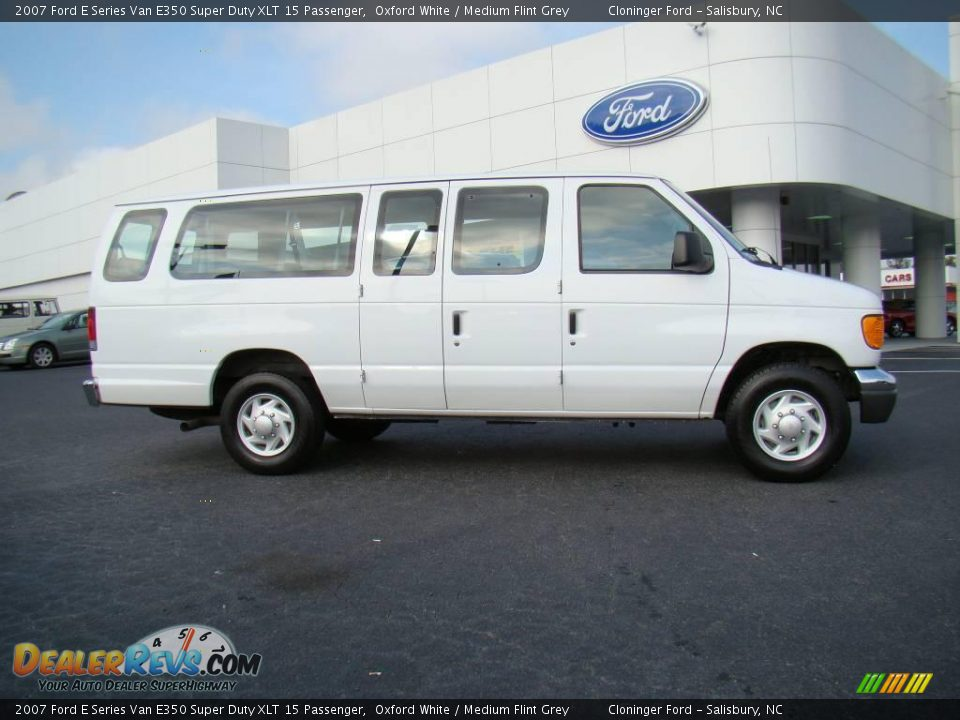 2007 ford e series van e350 super duty xlt 15 passenger oxford white medium. Cars Review. Best American Auto & Cars Review