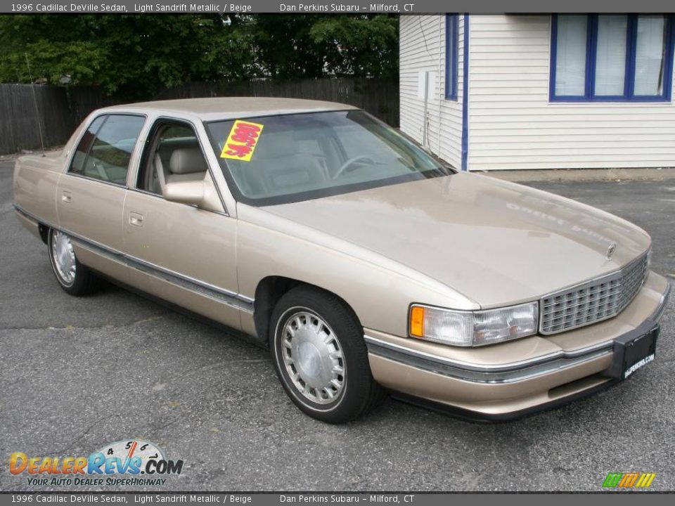 1996 Cadillac Deville Sedan Light Sandrift Metallic
