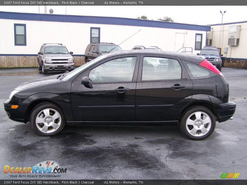 2007 ford focus zx5 ses hatchback pitch black charcoal. Black Bedroom Furniture Sets. Home Design Ideas
