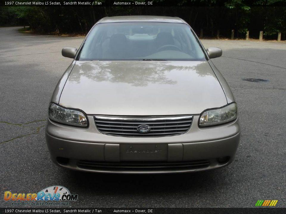 1997 Chevrolet Malibu LS Sedan Sandrift Metallic / Tan Photo #2 ...