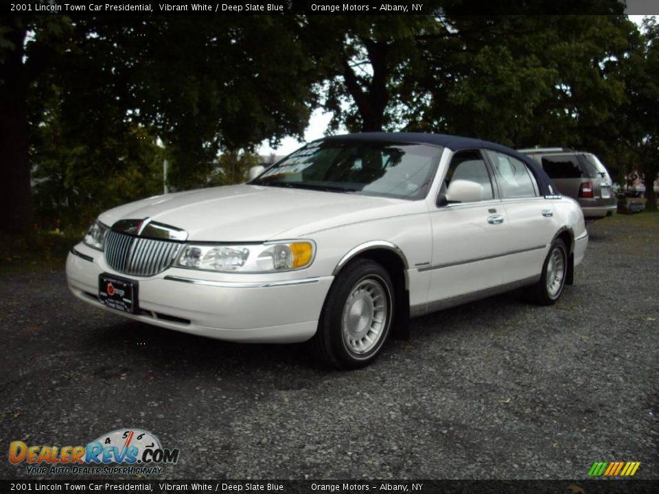 2001 Lincoln Town Car Presidential Vibrant White Deep