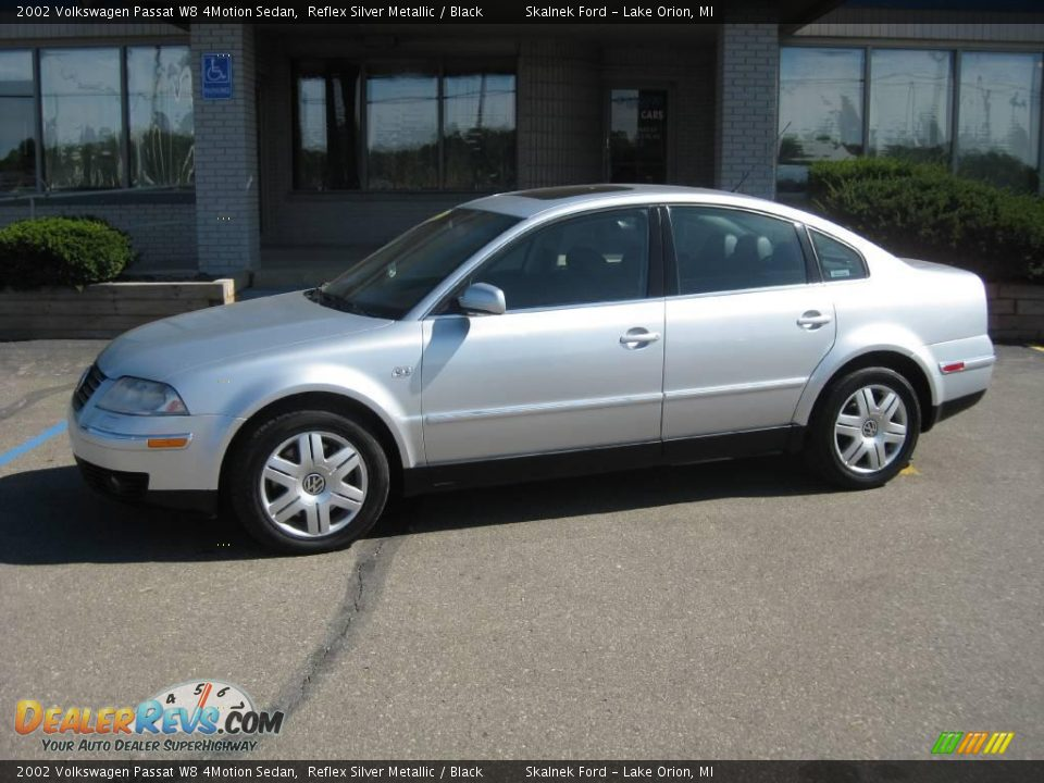 2002 volkswagen passat w8 4motion sedan reflex silver metallic black photo 1. Black Bedroom Furniture Sets. Home Design Ideas