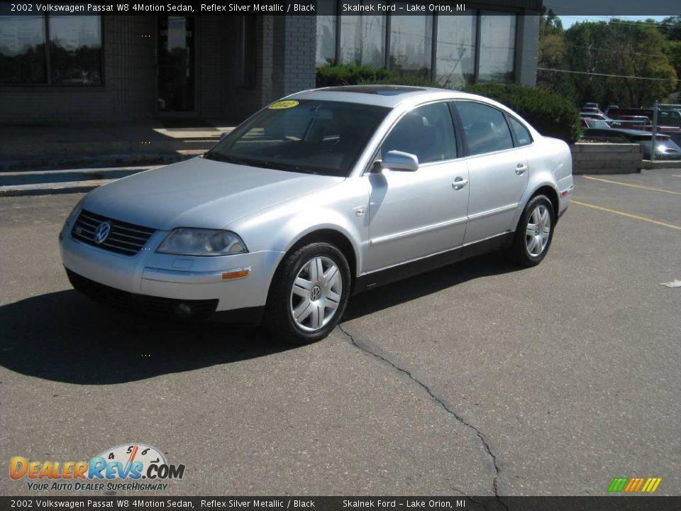 2002 volkswagen passat w8 4motion sedan reflex silver metallic black photo 2. Black Bedroom Furniture Sets. Home Design Ideas