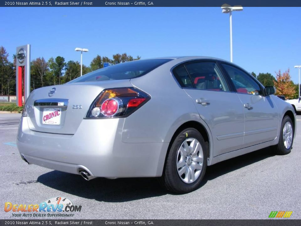 2010 Nissan Altima 2 5 S Radiant Silver Frost Photo 6