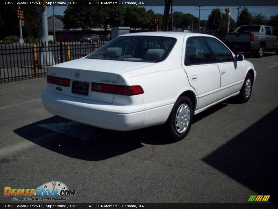 1999 Toyota Camry Le Super White Oak Photo 5